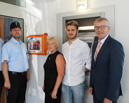 Defibrillator in Moosen/Vils
